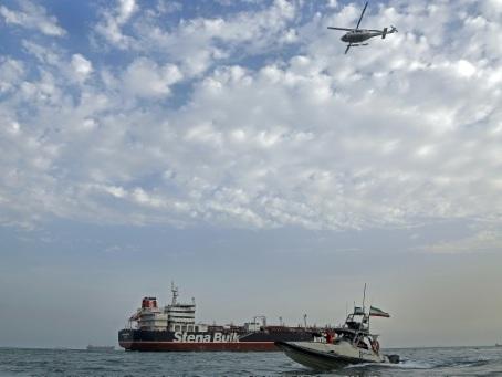 """Le pétrolier Stena Impero saisi par l'Iran """"se prépare à partir"""" selon son propriétaire suédois"""