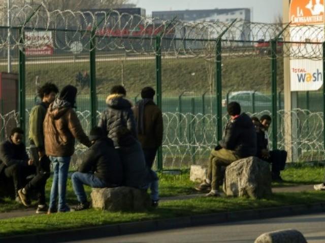 La France, pays des droits de l'Homme? Pas pour nous, répondent les migrants à Calais