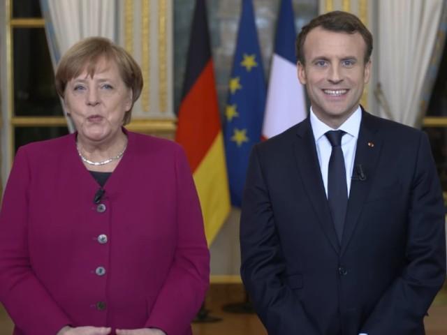 """Macron et Merkel se mettent en scène à l'Elysée pour le """"renouveau"""" du Traité de l'Elysée"""