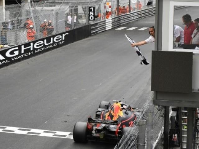 GP de Monaco: Ricciardo gagne devant Vettel et Hamilton