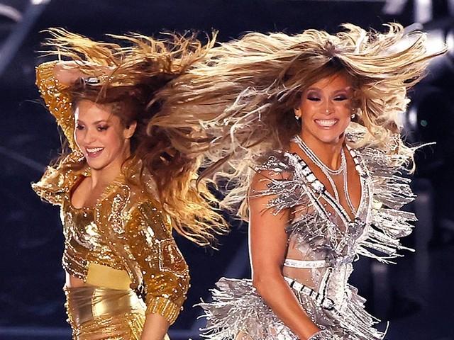 Super Bowl 2020 : L' Hommage à Kobe, le show de Shakira et J-Lo et la pub de Trump, les meilleurs moments
