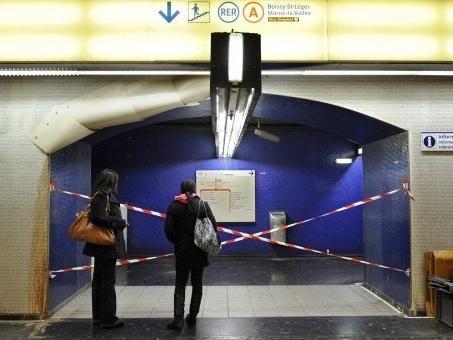 """Retraites: cinq syndicats appellent à un 17 février """"mort"""" dans les transports"""