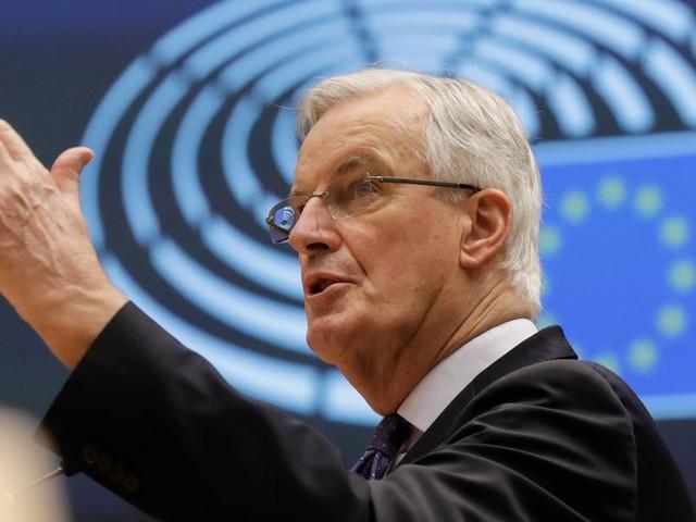 Michel Barnier peut-il vraiment passer d'outsider à favori du Congrès LR?