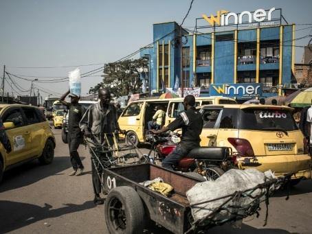 RDC: à Kinshasa, dans l'enfer des transports collectifs
