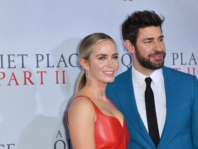 """Emily Blunt et John Krasinski : le couple qui """"sans un bruit"""" a mis la main sur Hollywood"""