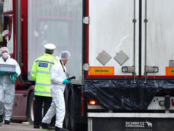 Camion aux 39 morts: la police britannique pense que les victimes étaient vietnamiennes