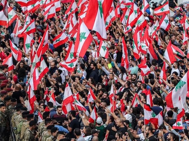 Liban : quand la révolte des jeunes fait vaciller le régime confessionnel