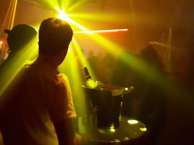 Un cluster dans une discothèque à Lille, l'ARS appelle les clients à se faire tester