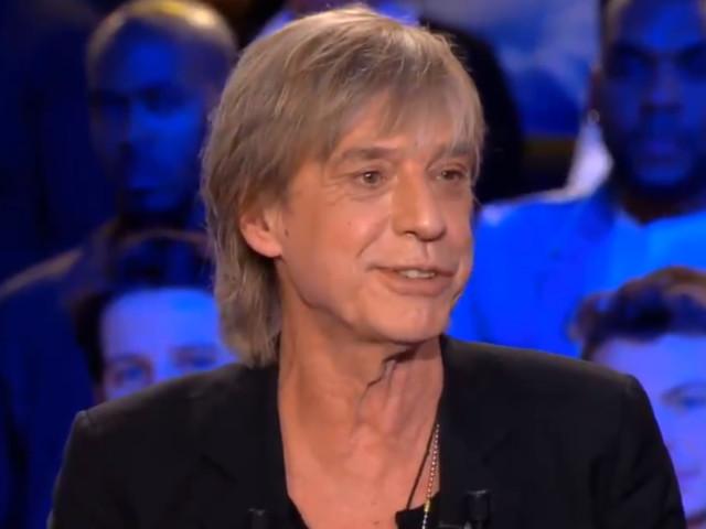 """Jean-Louis Aubert : sa rencontre aux Caraïbes qui a inspiré le tube """"Les plages"""""""