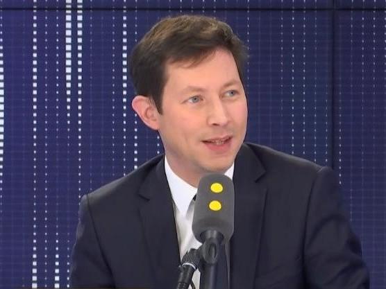 """Climat social, réforme des retraites, PMA pour toutes... Le """"8h30 franceinfo"""" de François-Xavier Bellamy"""