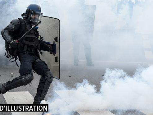 Coups de matraques, mutilations par des tirs de LBD...: les policiers auteurs de violences sur des gilets jaunes vont-ils être sanctionnés?