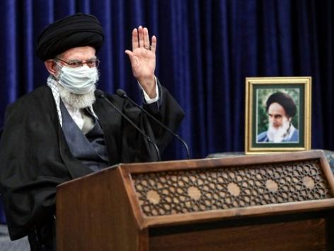 L'Iran pourrait enrichir l'uranium à 60%, avertit le guide suprême