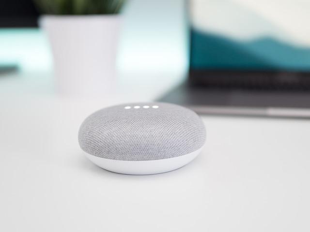 Les appels avec Siri ou Google Assistant peuvent vous exposer aux arnaques