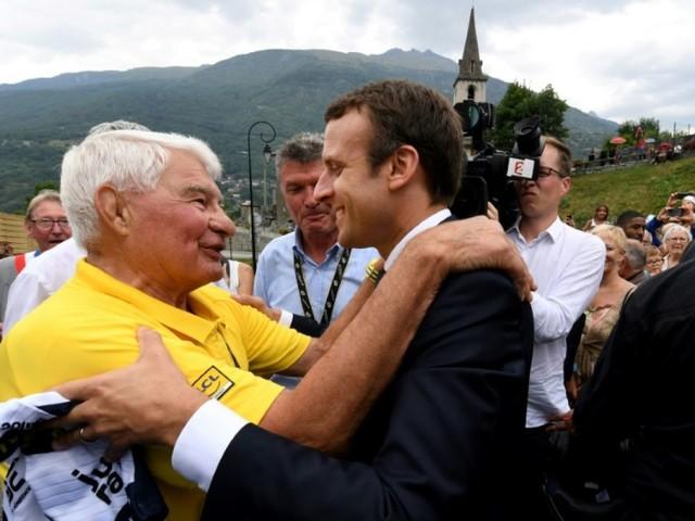 """Décès Poulidor: """"Ses exploits, son panache, son courage resteront gravés dans les mémoires"""" (Macron)"""
