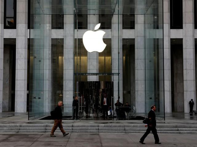 Trump invite Apple à aider au déploiement de la 5G aux USA