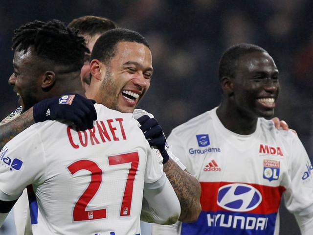 Ligue 1: Lyon bat le PSG à la dernière seconde sur un but exceptionnel