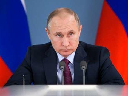 Ingérence russe dans l'élection américaine: «Cela m'est égal», dit Poutine