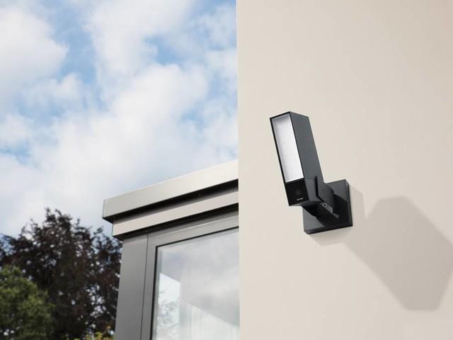 Netatmo lance une nouvelle caméra de vidéosurveillance extérieure avec sirène intégrée