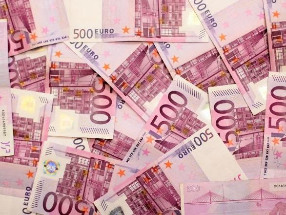 Il nettoie l'habitacle de sa voiture et gagne 500.000 euros