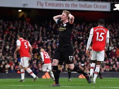 Les Belges à l'étranger - De Bruyne, deux buts et un assist, grand artisan du succès de Manchester City à Arsenal