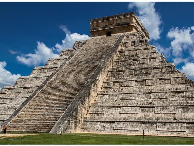 En pleine affaire Lactalis, on apprend qu'une salmonelle a décimé les Aztèques
