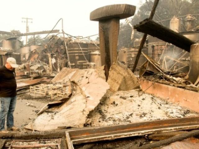 Incendies en Californie: dans les maisons de Santa Rosa, il n'y a plus rien à sauver