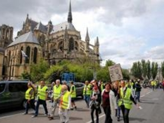 Gilets jaunes - 15.500 manifestants en France, plus faible participation depuis l'acte 1