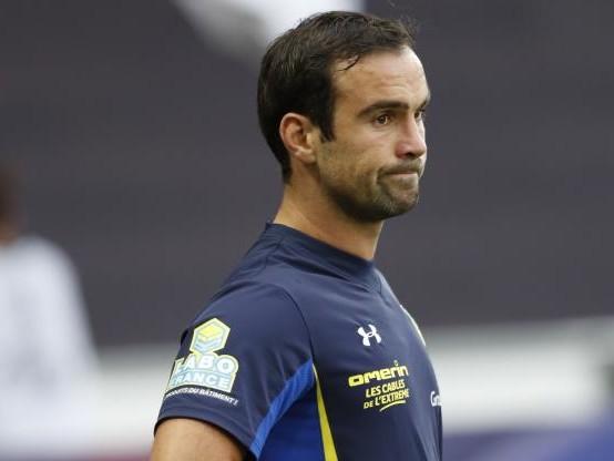 Rugby - Tournoi - XV de France : Morgan Parra forfait face à l'Irlande, Baptiste Serin le remplace