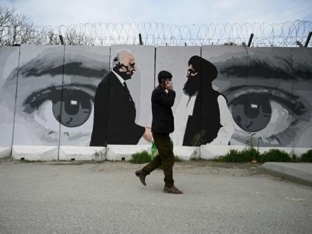 """Afghanistan: augmentation """"inquiétante"""" de la violence après l'accord Etats-Unis-talibans"""