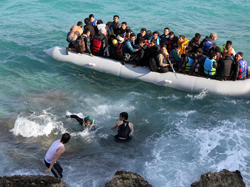 Un bateau transportant 45 migrants coule au large de la Turquie