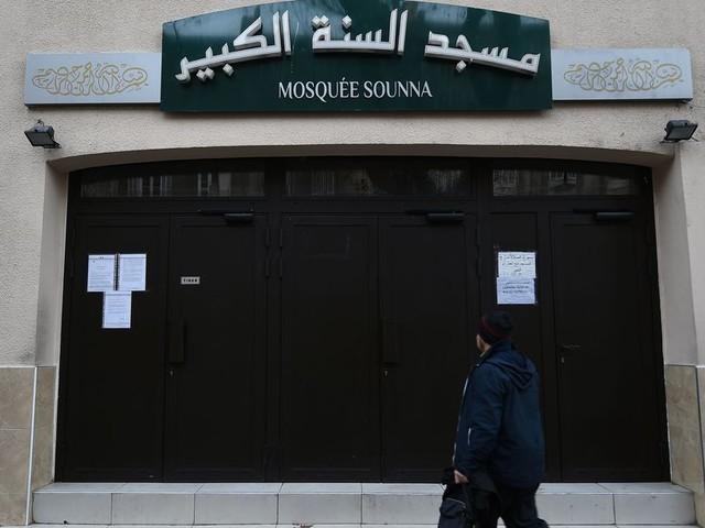 Contre le séparatisme islamiste, Emmanuel Macron ne répond qu'à une partie du problème