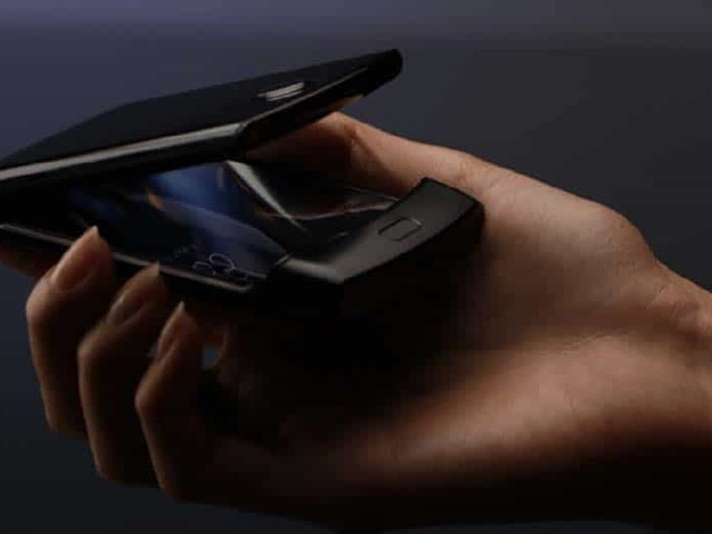 Motorola Razr : découvrez le design du smartphone pliable à clapet