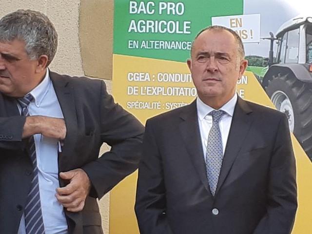 Entre Drôme et Isère le nouveau Ministre de l'agriculture Didier Guillaume joue à domicile