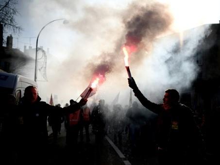 """Réforme des retraites: """"détermination"""" des opposants avant la présentation en Conseil des ministres"""