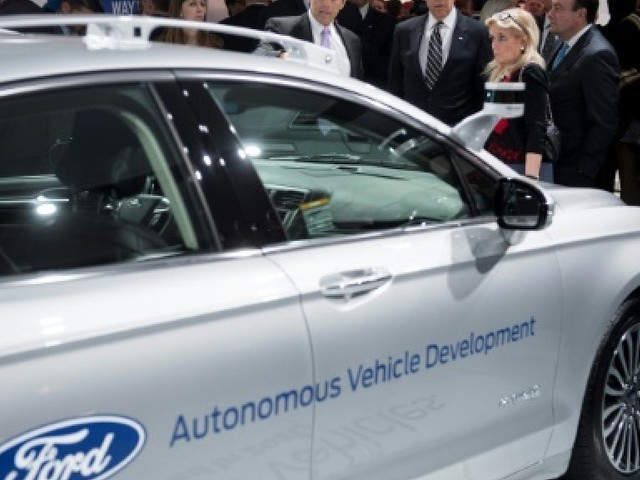 Automobile: les géants de Detroit désemparés face à la Silicon Valley