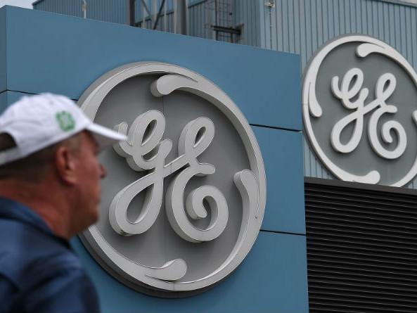 """Le patron de GE France, ex-conseiller de Macron, visé par une enquête pour """"prise illégale d'intérêts"""""""