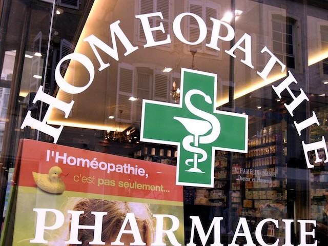 Derrière l'homéopathie déremboursée, une guerre de lobbying