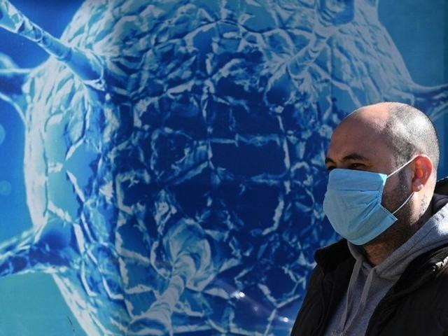 DIRECT. Coronavirus: l'épidémie s'étend, près de la moitié du monde en confinement
