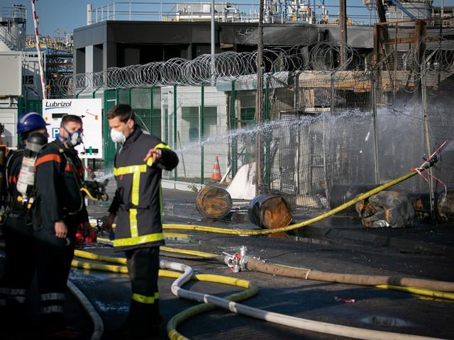 Incendie à Rouen : des pompiers qui sont intervenus présenteraient des analyses anormales