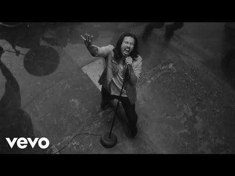 Pop Evil(Hard Rock - US) sortira son prochain album, éponyme, le 16 février chez E1. Voici la...