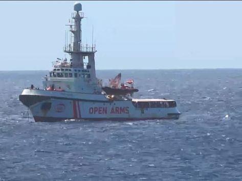 Six pays, dont la France, acceptent d'accueillir des migrants de l'Open Arms
