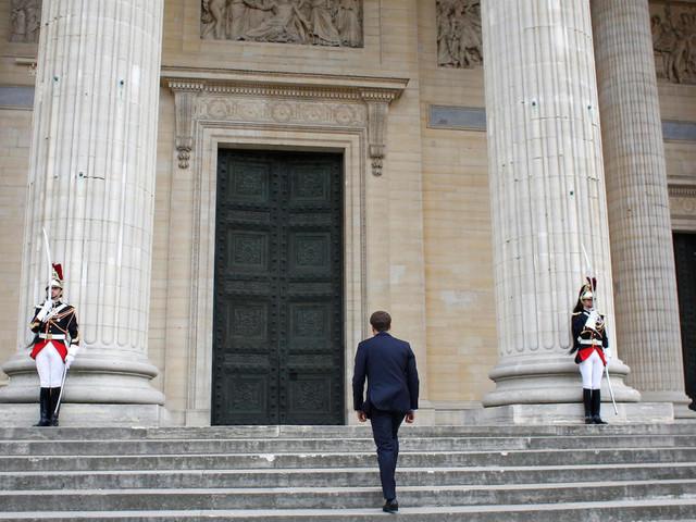 Avec Genevoix, Macron fait entrer les Poilus au Panthéon