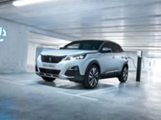 Rapport: Peugeot 3008 & 508 Hybrid - Peugeot se branche