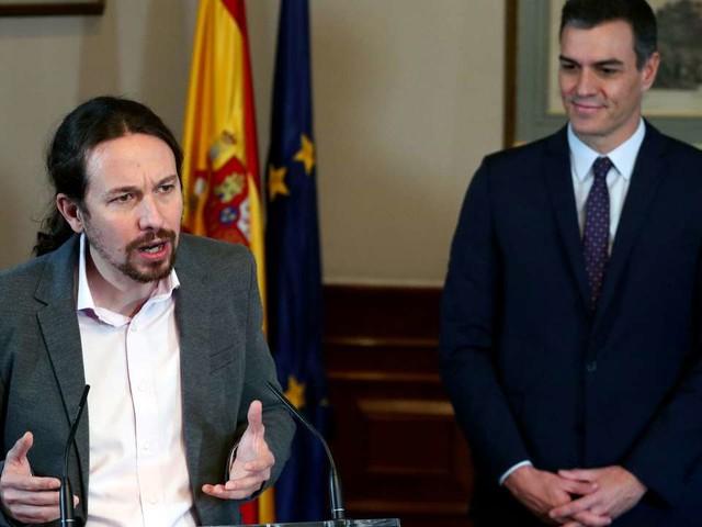 Espagne : accord de principe pour former un gouvernement entre les socialistes et Podemos