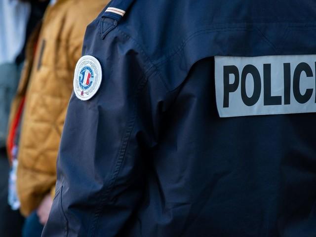 Mérignac (33) : un homme s'exhibe devant une maternelle