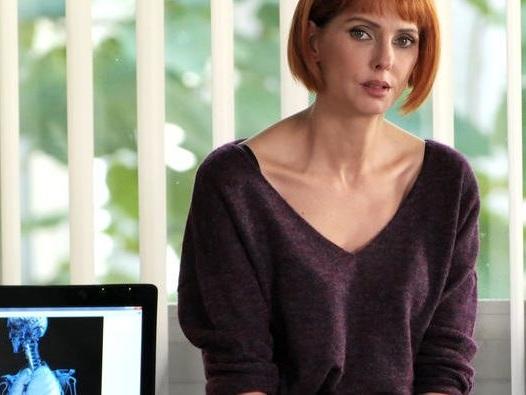 H24 : la série TF1 chute toujours plus dans les audiences face à Mirage, la série thriller de France 2