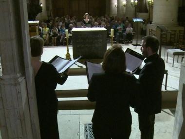 Six mois après, le choeur de Notre-Dame contraint à l'itinérance