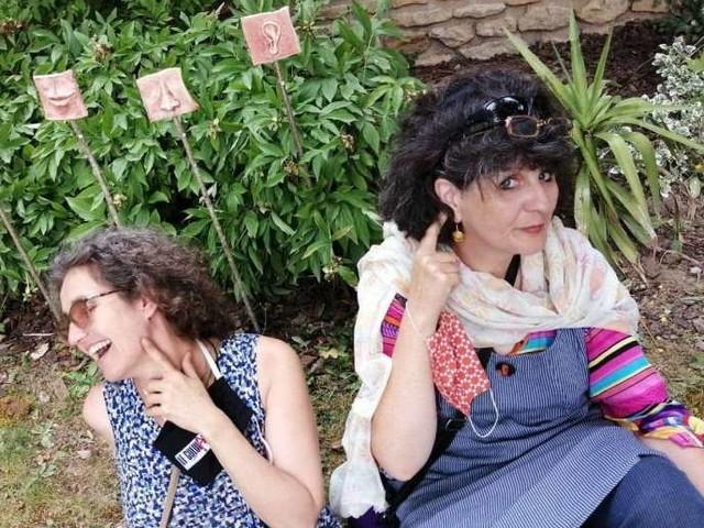 MouveLOReille, un duo de conteuses à cordes
