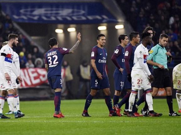 PSG : Dani Alves voit rouge une seconde fois après OL-PSG