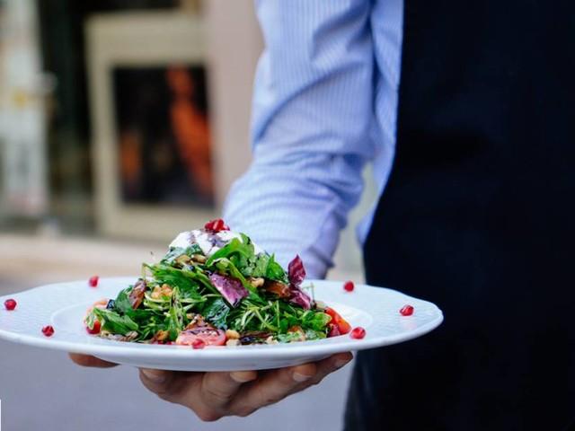 """La """"Tête noire"""" d'un ancien restaurant dans le Maine-et-Loire fait polémique"""
